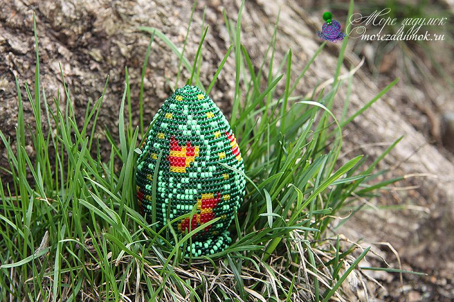 яйцо оплетеное бисером