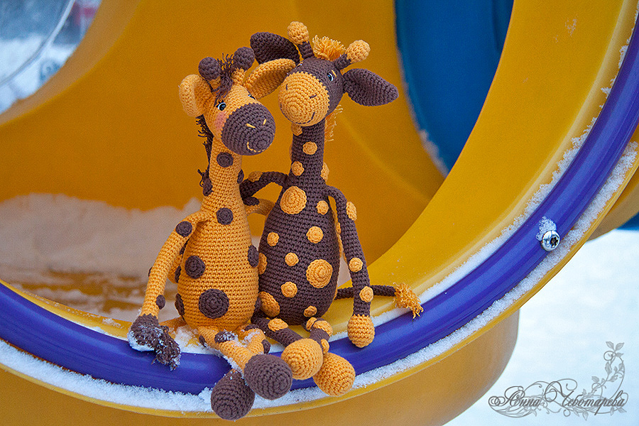 вязаные жирафы