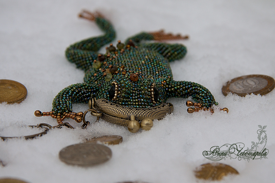 Frog beads
