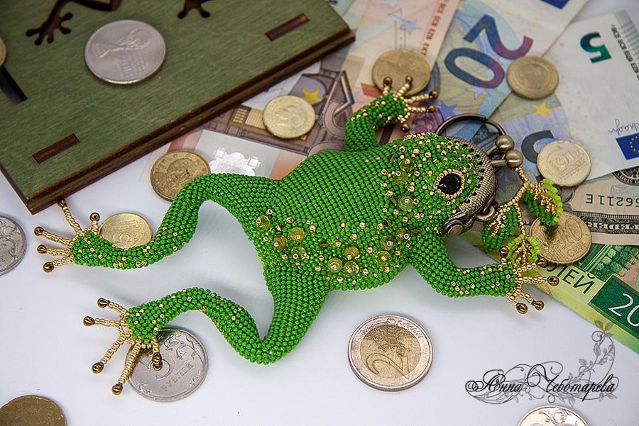 Лягушка сувенир